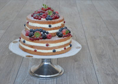 Naked cake 2 hoog